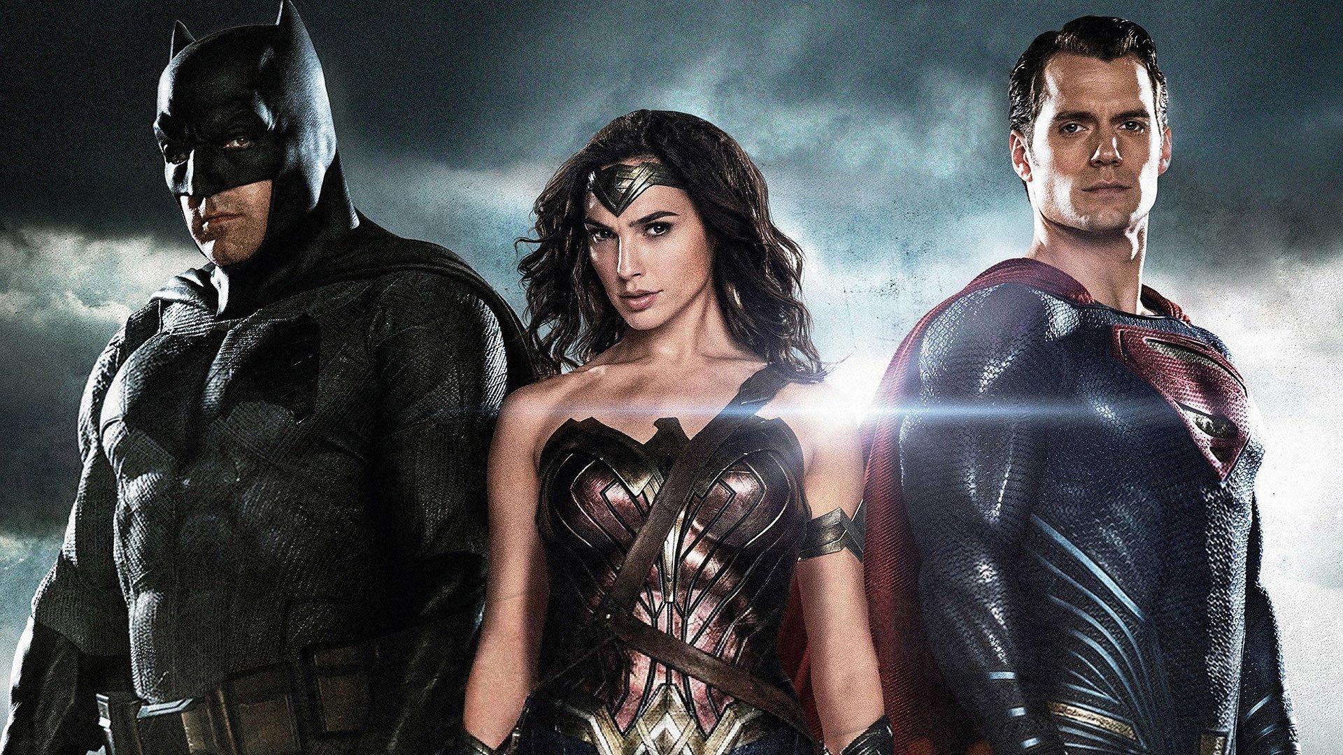 download superman vs batman in hindi
